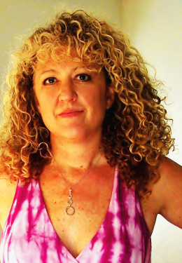 Author Kelle Groom